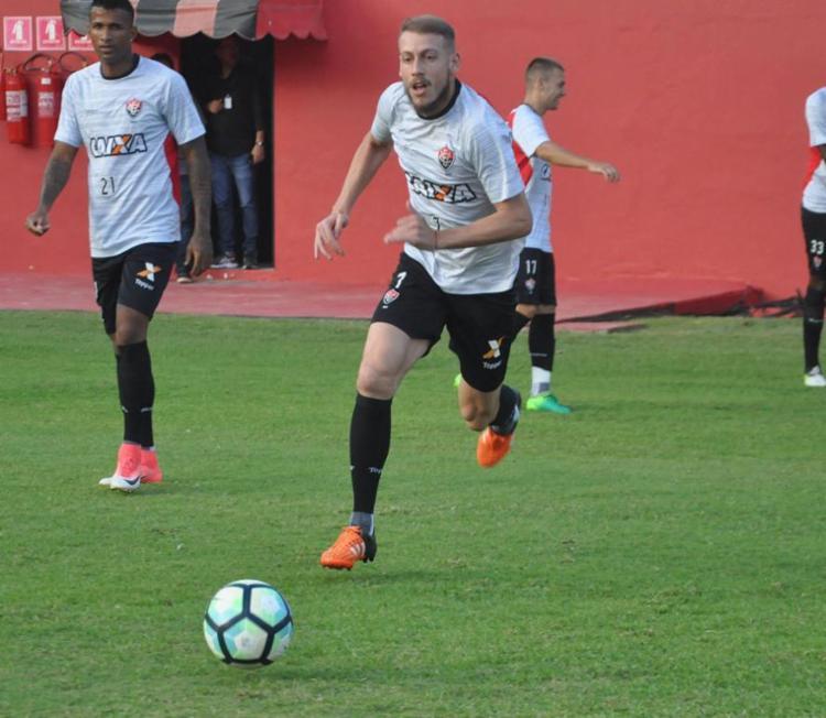 Uillian Correia é o provável substituto de Willian Farias - Foto: Maurícia da Matta | EC Vitória