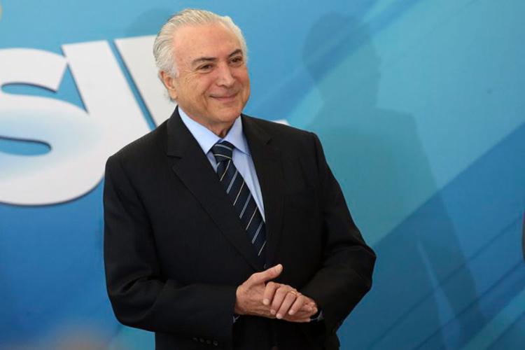Em cerimônia, presidente afirmou que 'todos os direitos do trabalhador serão preservados' - Foto: Antonio Cruz l Agência Brasil