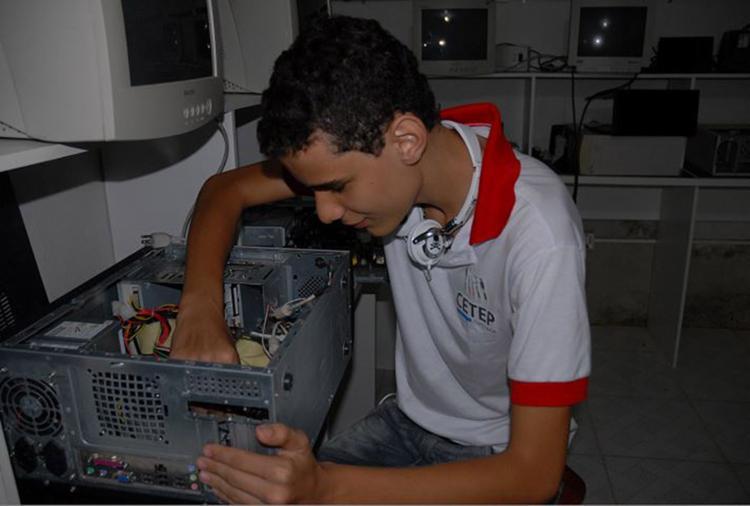 Programa irá proporcionar formação técnica aos estudantes - Foto: Divulgação l 6.6.2013
