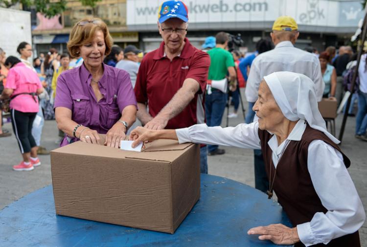 Neste domingo também haverá uma simulação eleitoral das votações previstas para 30 de julho - Foto: Federico Parra | AFP