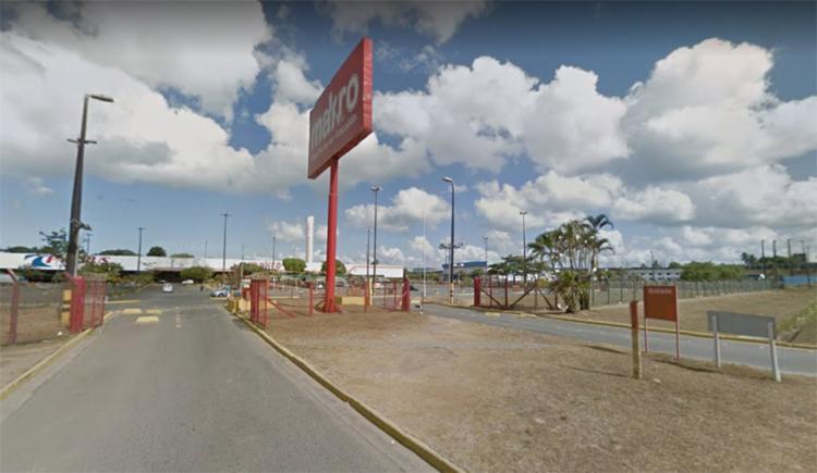 Bandidos fugiram sem levar nenhum produto ou dinheiro do estabelecimento - Foto: Reprodução | Google Maps