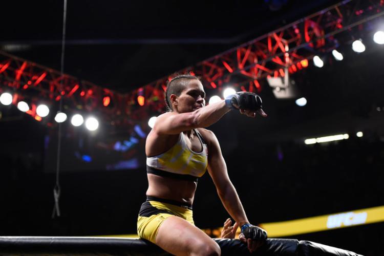 Amanda é a detentora do cinturão da categoria peso-galo - Foto: Jeff Bottari   Divulgação