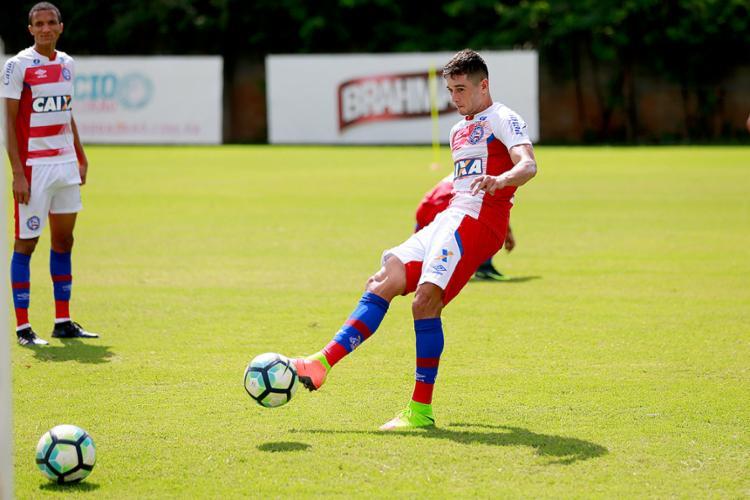 Santos vence Bahia com três gols de Bruno Henrique