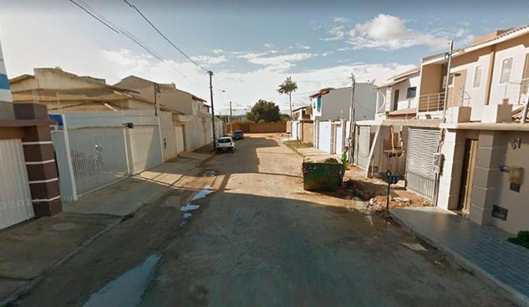 Dois homens invadiram a residência, mataram o homem e roubaram um dos teclados - Foto: Reprodução   Google Maps