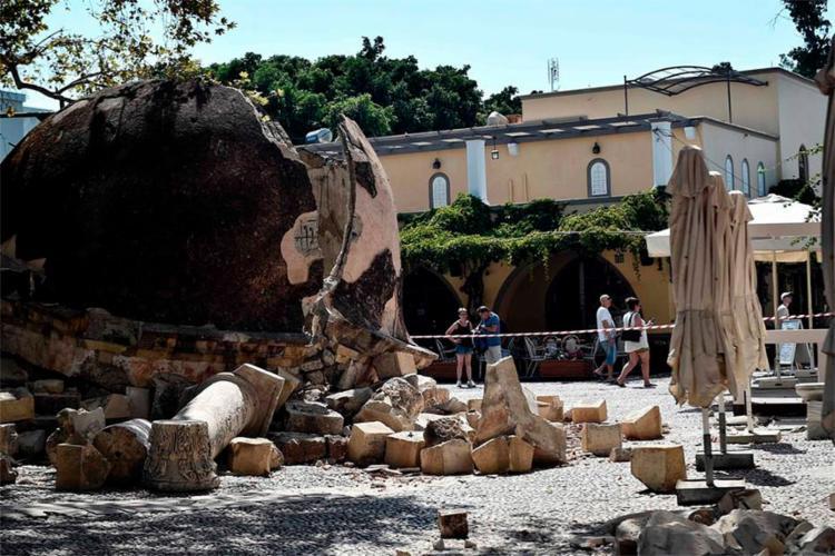 Turistas turco e sueco foram vítimas de terremoto que atingiu ilha grega