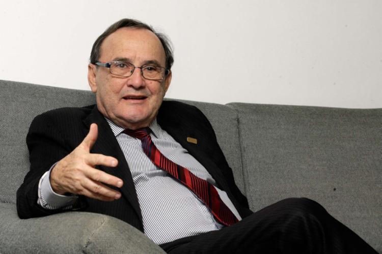 Carlos Andrade, presidente da Fecomércio, diz que carga tributária é revoltante - Foto: Mila Cordeiro | Ag. A TARDE
