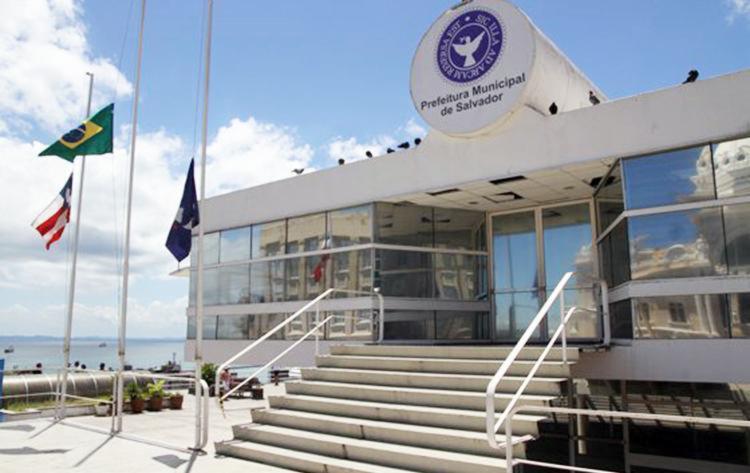 Todos os funcionários ativos e inativos da prefeitura de Salvador terão que realizar o recadastramento - Foto: Divulgação