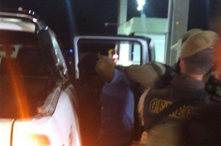 Suspeitos foram rendidos no pedágio da Via Parafuso - Foto: Divulgação | SSP