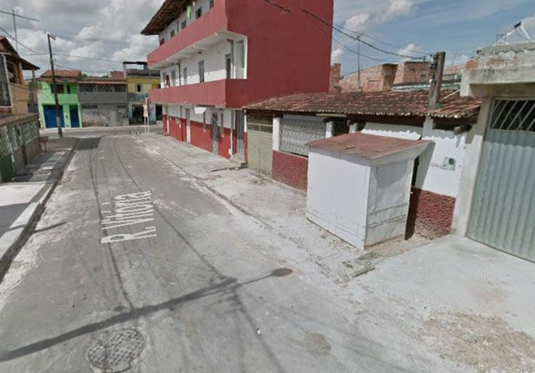 O crime aconteceu na Rua Vitória, em Camaçari - Foto: Reprodução | Google Maps