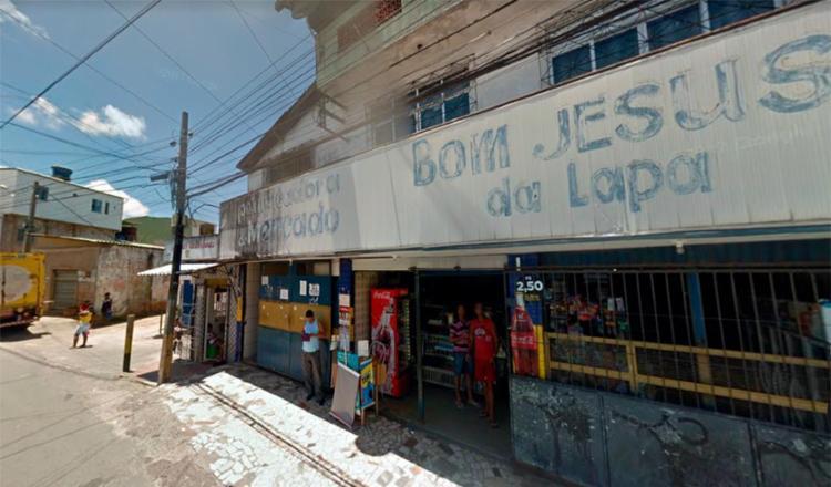 O crime aconteceu ao lado da padaria Bom Jesus da Lapa - Foto: Reprodução | Google Maps