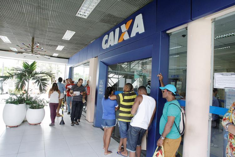 Mais de 24 milhões de trabalhadores têm direito ao benefício - Foto: Luciano da Matta l Ag. A TARDE