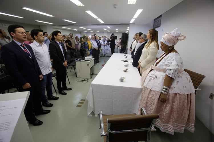 Encontro na Superintendência Regional do Trabalho (SRT-BA) marca mais uma etapa para a oficialização da profissão de baiana de acarajé - Foto: Raul Spinassé l Ag. A TARDE