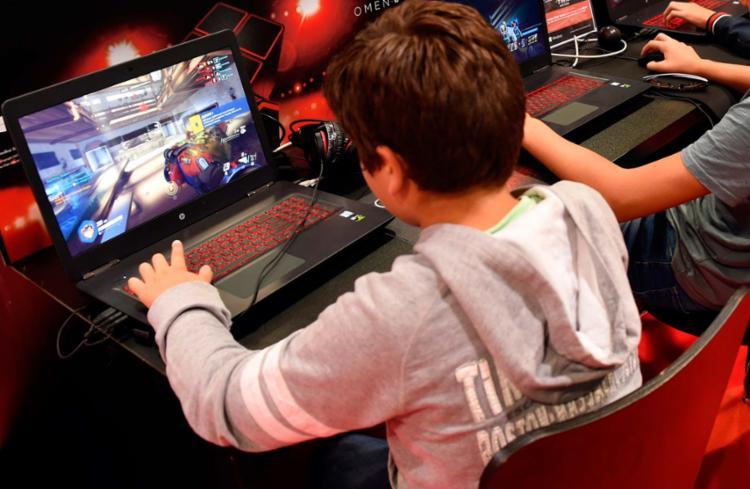 Não há no Brasil uma estimativa de quantos jovens sejam viciados em games - Foto: Mehdi Fedouach   AFP