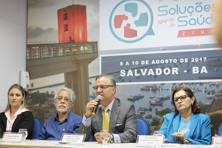 Secretário estadual da Saúde, Fábio Vilas-Boas, fala no evento realizado nesta terça-feira, 4 - Foto: Raul Spinassé l Ag. A TARDE