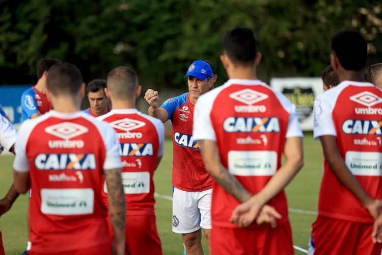 Jorginho começou a montar equipe que enfrenta o Flu - Foto: Felipe Oliveira l EC Bahia