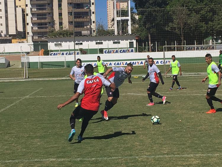 Jogo Atlético-GO x Vitória - Escalação dos Times - Brasileirão 2017