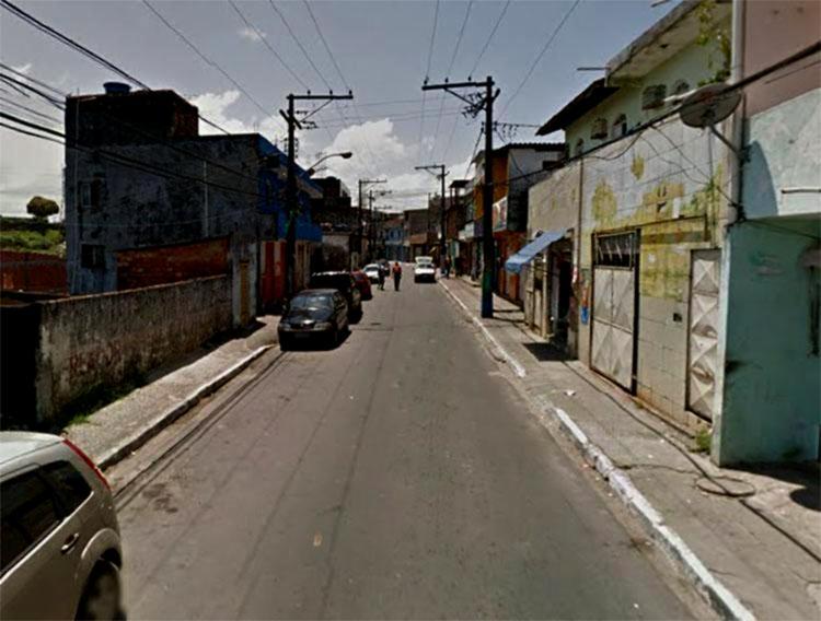Policial foi baleado na localidade da rua da Horta, conhecida como