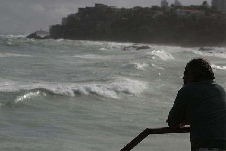 Aviso chama atenção para ventos fortes e ondas altas - Foto: Joá Souza | Ag. A TARDE