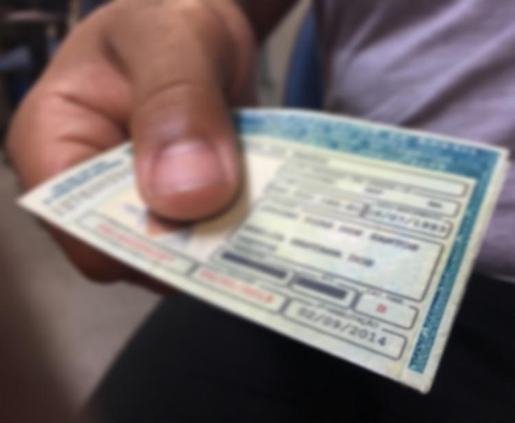 Obrigação de se realizar cursos não só implicaria em processos burocráticos para o cidadão, mas também em custos adicionais - Foto: Reprodução