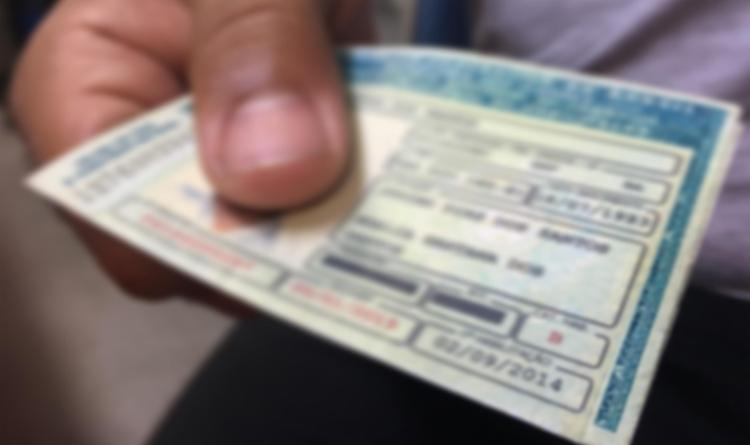 Golpistas cobram dinheiro para facilitar serviços no Detran - Foto: Reprodução