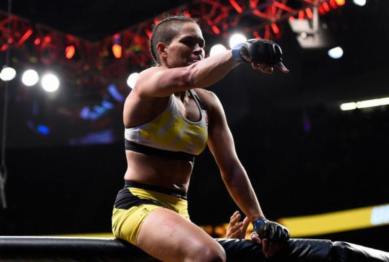 Baiana Amanda Nunes tem luta remarcada para setembro