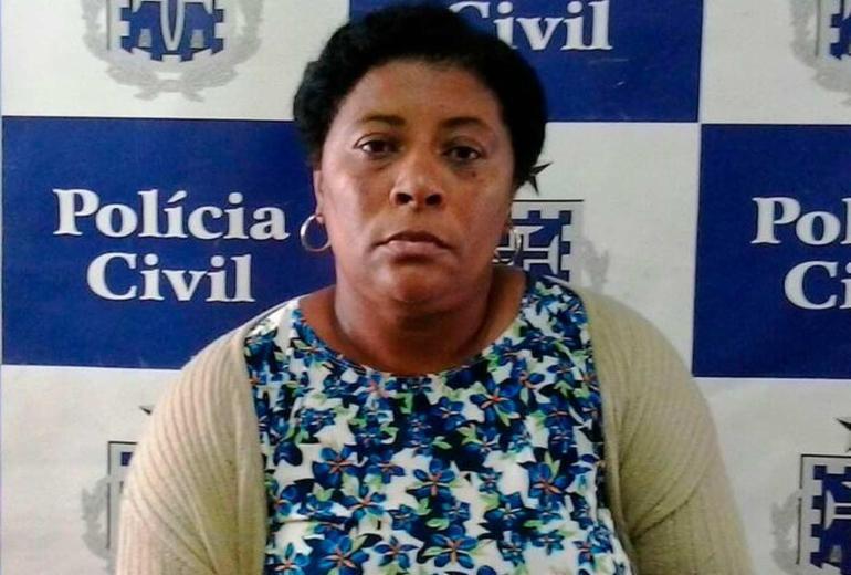 Diarista é presa suspeita de furtar cerca de R$ 50 mil da casa da patroa na Pituba