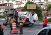 Caminhão betoneira tomba e deixa trânsito congestionado na Luís Eduardo | Foto: