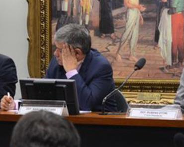 O projeto recebeu parecer favorável do relator, deputado Marcus Pestana (PSDB-MG) - Foto: Antonio Cruz l Agência Brasil l 3.03.2015
