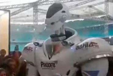 Robô 'dançarino' faz sucesso na Campus Party Bahia |