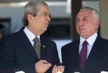 Presidente Michel Temer recorre a aliados para acalmar Imbassahy