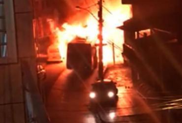 Segundo ônibus é incendiado em Salvador em 24 horas
