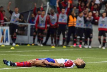 Bahia é goleado pelo Atlético-PR e fica perto da zona