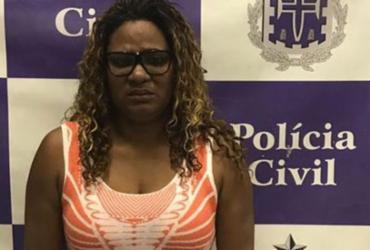 Mulher é presa com carro roubado dentro de shopping em São Cristóvão