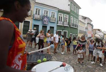 Setor de serviços cresce 2% na Bahia, mostra IBGE