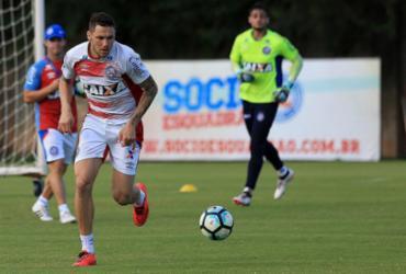 Tiago treina e vai para o jogo diante do Vasco; Rodrigão é dúvida