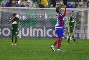 Bahia sai atrás no placar, mas arranca empate com a Chape