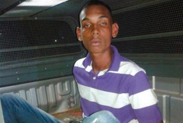 Homem de 18 anos que roubou 14 ônibus é preso tentando roubar taxista