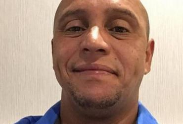 Roberto Carlos tem prisão decretada por não pagar pensão da filha