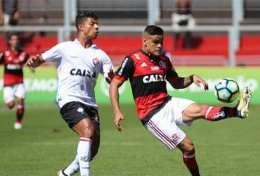 Vitória ignora pressão e vence Flamengo na Ilha do Urubu