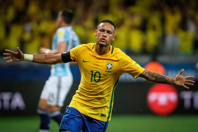 Neymar é o único brasileiro entre os atacantes indicados - Foto: Pedro Martins | MoWA Press | Divulgação | 10.11.2016