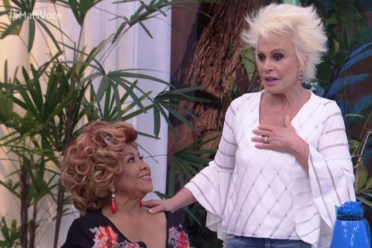 Para conseguir se recompor do momento, Ana Maria precisou chamar o intervalo comercial - Foto: Reprodução | TV Globo