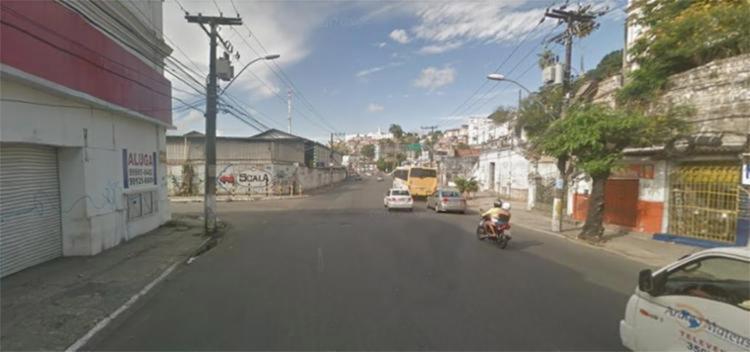 O acidente aconteceu na avenida Jequitaia, por volta das 5h40 - Foto: Reprodução | Google Maps