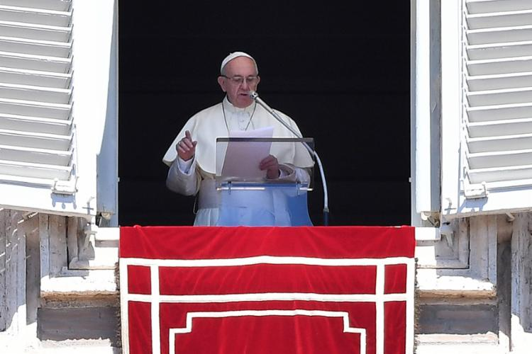 No vaticano, Francisco disse que a fé é o que dá sentido a vida - Foto: Alberto Pizzoli l AFP