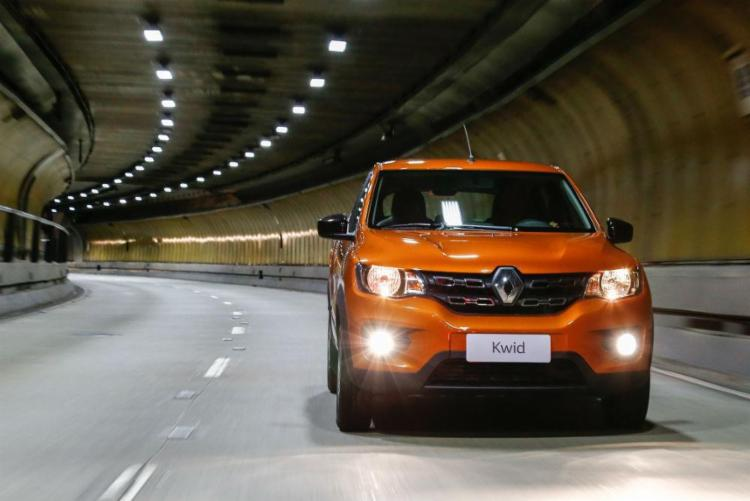 Kwid tem 3,68 m de comprimento, 2,42 m de entre-eixos, 1,58 m de largura e 1,47 m de altura - Foto: Renault | Divulgação
