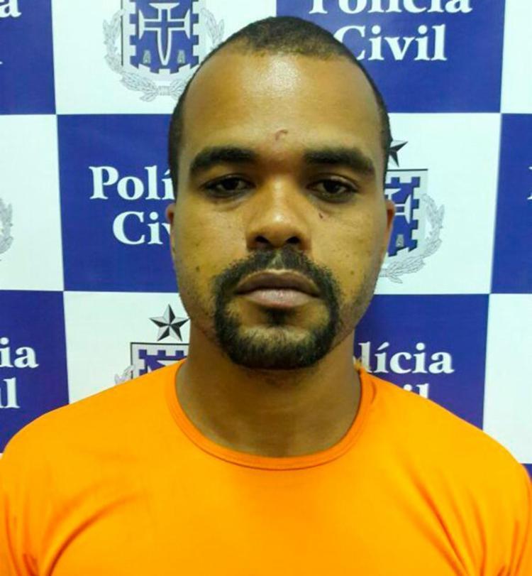 Cleidson foi autuado em flagrante com maconha na BA-099 - Foto: Divulgação | Polícia Civil