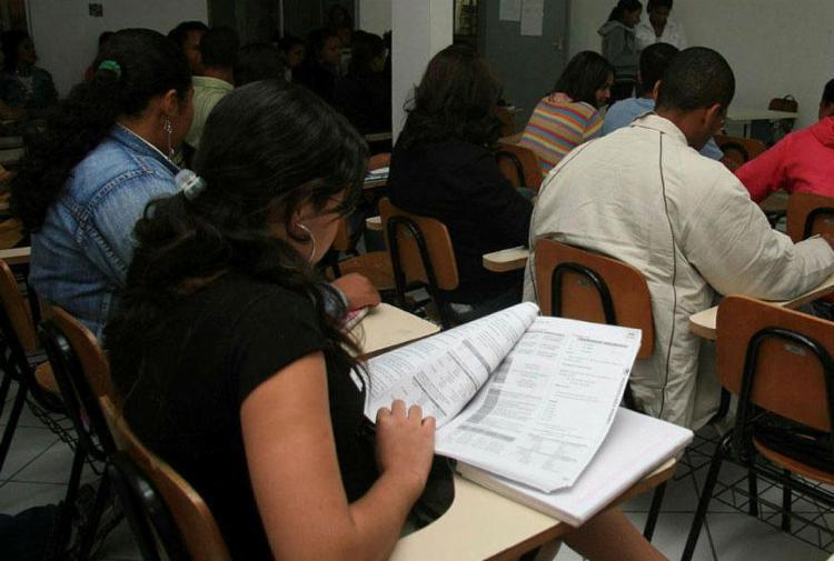 São oferecidas 242 vagas para todos os níveis de escolaridade - Foto: Joá Souza | Ag. A TARDE