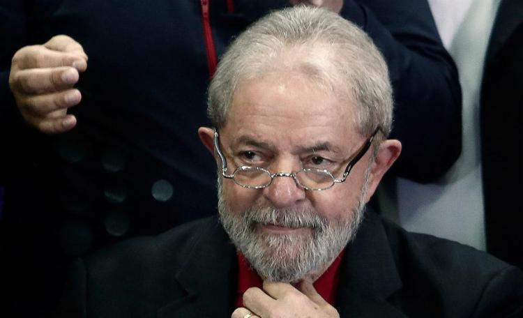 Em todos os cenários, Lula ficaria com entre 35% e 36% das intenções de votos - Foto: Miguel Schincariol l AFP l 13.7.2017