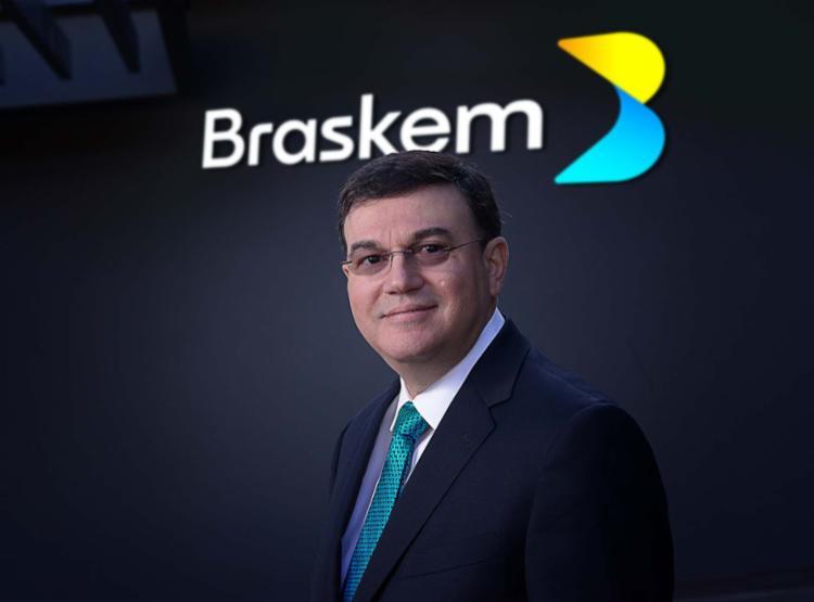 Presidente da Braskem, Fernando Musa, e a nova marca lançada hoje pela companhia - Foto: Divulgação