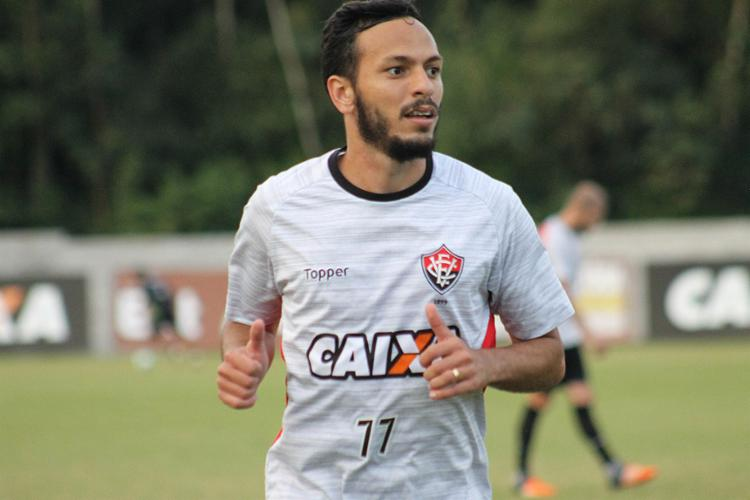 Equipe faz treino visando o confronto contra o Corinthians. Wallace e Yago voltaram ao time titular - Foto: Maurícia da Matta l EC Vitória