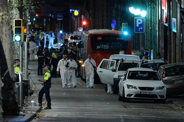 Polícia investiga relação com atropelamento em Barcelona - Foto: Jose Lago l AFP